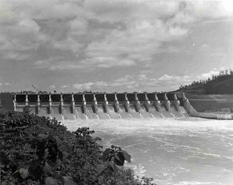 This image has an empty alt attribute; its file name is Kaptai-Dam-1965.jpg